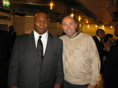 PW-and-his-idol-Mike-Tyson-.jpg